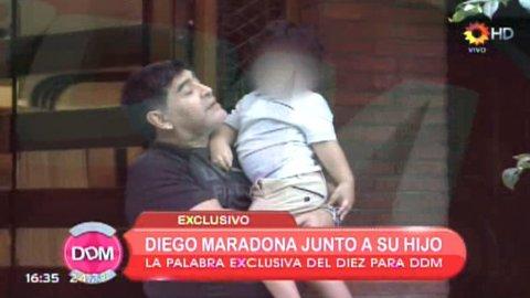 Diego Maradona con Dieguito Fernando