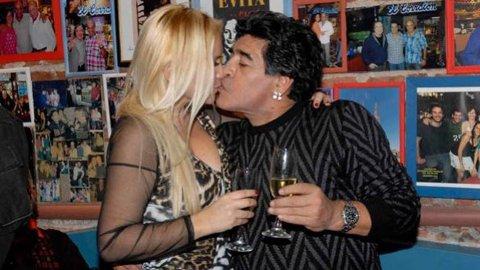 Verónica Ojeda puntuó a Maradona como amante